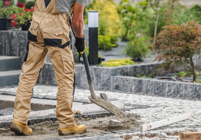 4 Most Common Mistakes People Make When Designing Their Concrete and Landscaping Projects